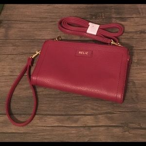 Relic red wristlet or crossbody - NWOT